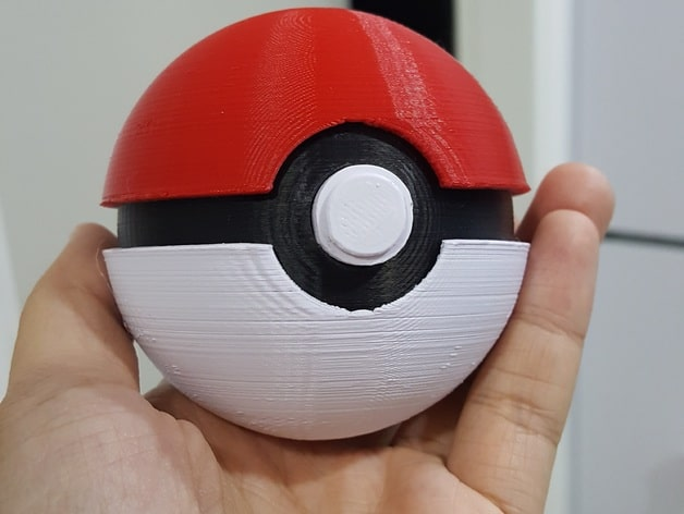 Pokéball von Stact13 (https://www.thingiverse.com/thing:84308)