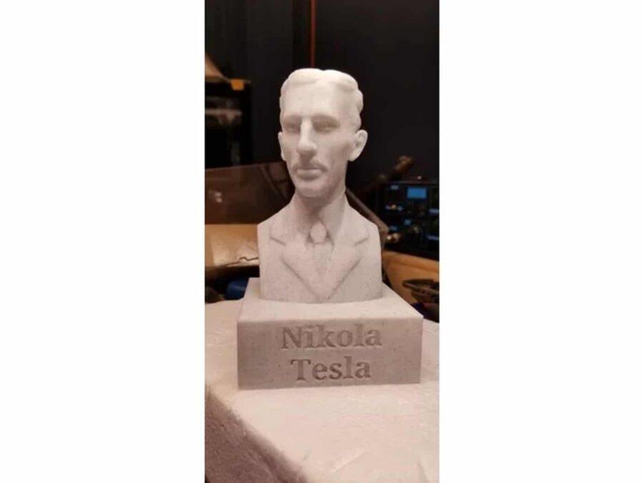 Nikola Tesla Büste